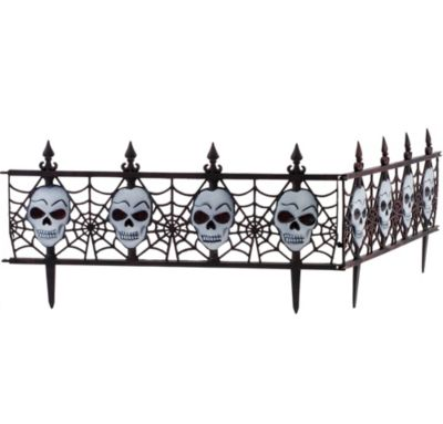 Light-Up Skull Fences 2ct