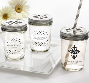PERSONALIZED Wedding Mason Jars with Daisy Lids (Printed Glass) (White, We're Engaged Crowns)
