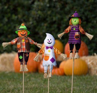 Halloween Friends Yard Super Decorating Kit