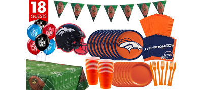 Denver Broncos Deluxe Party Kit for 18 Guests
