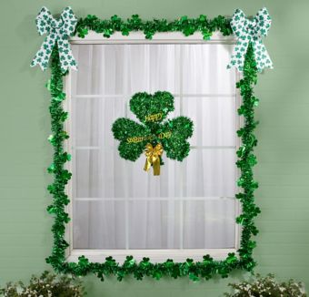 St. Patrick's Day Window Decorating Kit