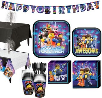 The Lego Ninjago Movie Tableware Kit for 16 Guests