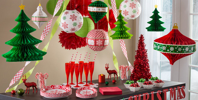 Hanging Christmas Decorations - Garlands & Tinsel ...