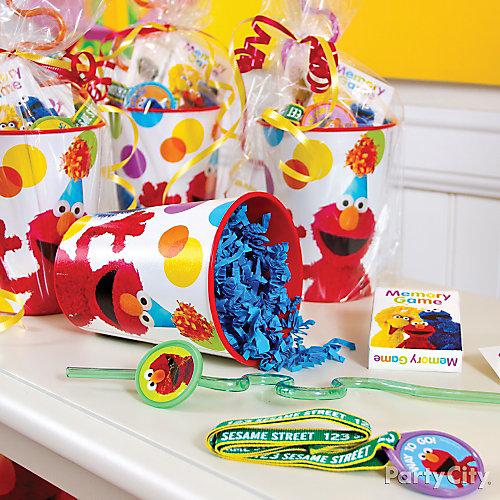 Elmo Favor Cup Idea