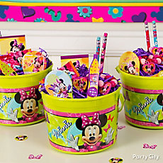 Minnie Mouse Favor Bucket Idea