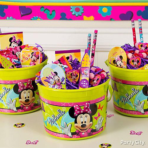 Minnie Mouse Favor Bucket Idea