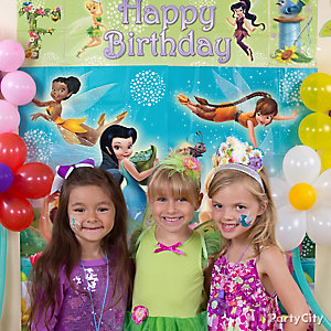 Tinker Bell Photo Booth Idea