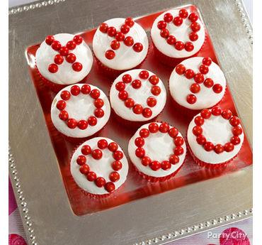 Valentines Day XO Cupcakes Idea