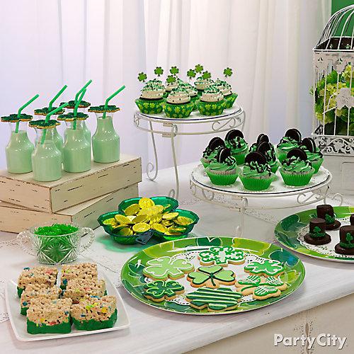 St Paddys Treats Table Idea Patricks Day Dessert