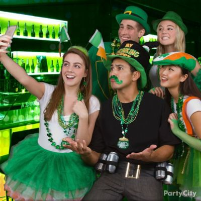 St. Paddy's Selfie Idea