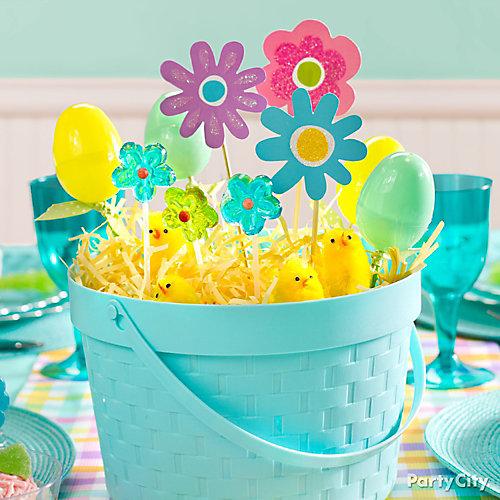 Blue Easter Basket Centerpiece Idea