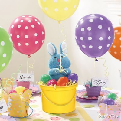Plush Bunny and Balloon Centerpiece Idea