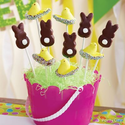 Candy-Dipped Peeps Sprinkle Pops How To