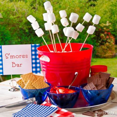 4th of July Smores Bar Idea