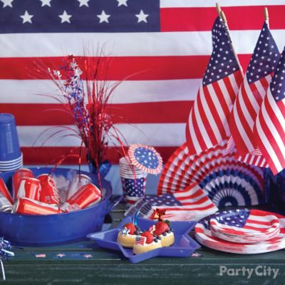 4th of July Table Decorating Idea