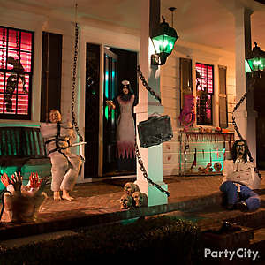 Halloween Asylum Porch Decorating Idea