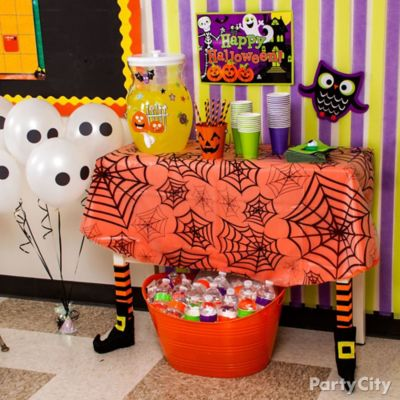 Halloween Class Drink Station Idea