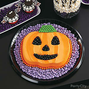 Witch's Crew Jack-o'-Lantern Candy Cake How To