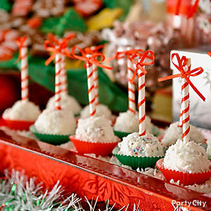 Beribboned Holiday Cake Pops Idea