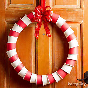 Jolly Paper Cup Wreath DIY