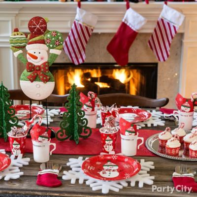 Friendly Snowman Tablescape Idea