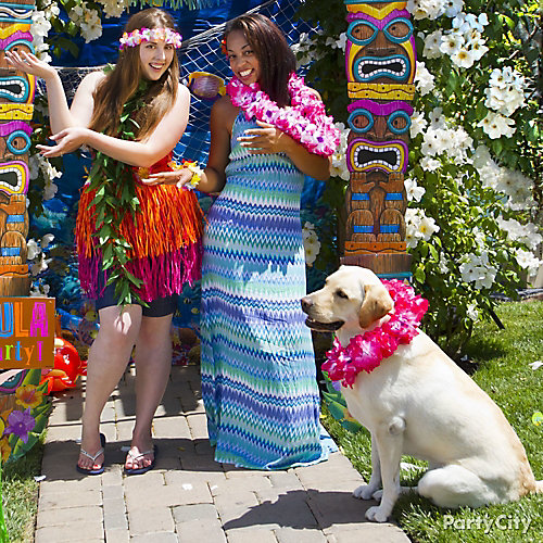 Luau Photo Booth Accessories Ideas