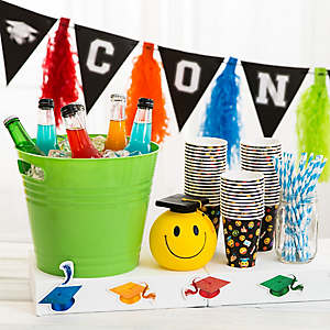 Kids Graduation Drink Station Idea
