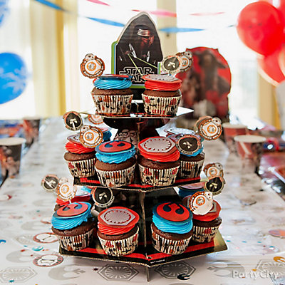 Star Wars Cupcake Tower