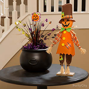 Happy Pumpkin Pal Table Idea