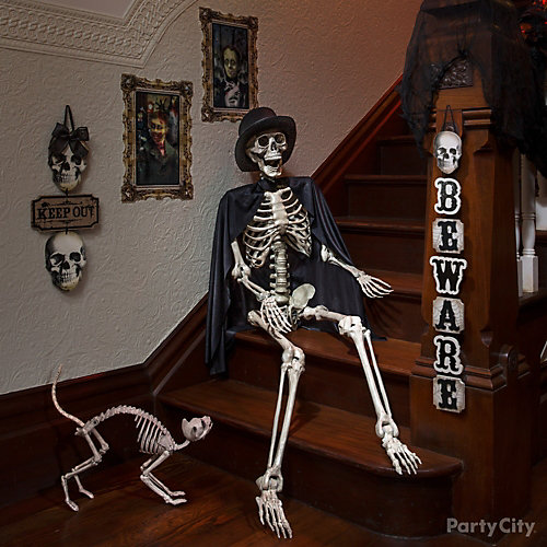 Spooky Skeleton and Cat Idea