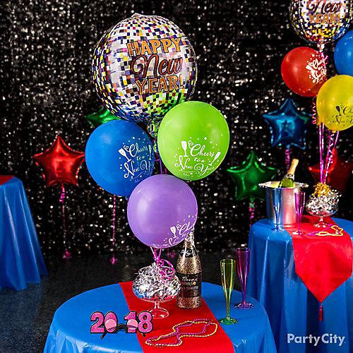 Bubbly Balloon Centerpiece Idea