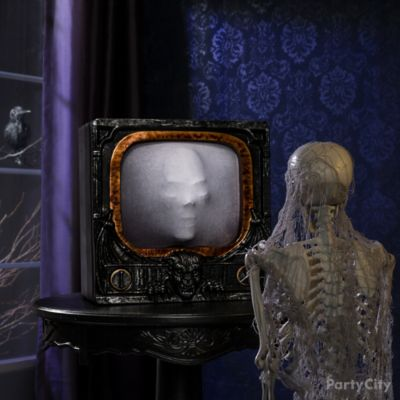 Haunted Animatronic TV Idea