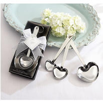 Love Beyond Measure Heart-Shaped Measuring Spoons Wedding Favor