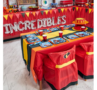 Incredibles Party Table Idea