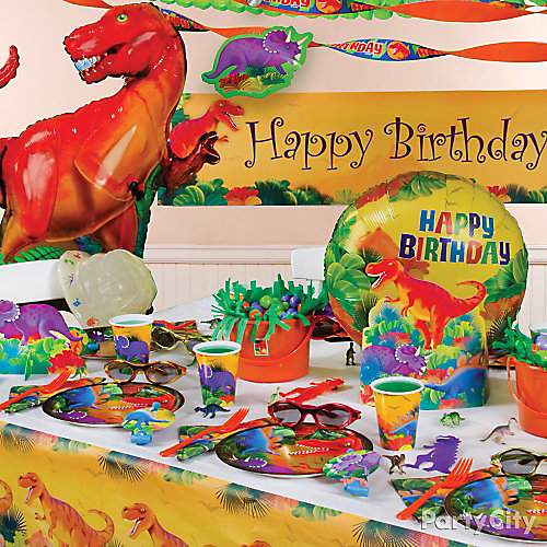 Prehistoric Dinosaur Party Table Idea