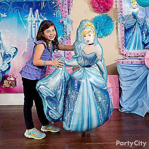 Cinderella Gliding Balloon Idea