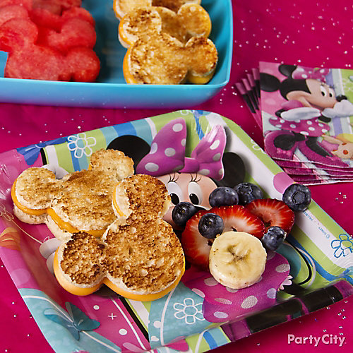 Minnie Mouse Grilled Cheese Idea
