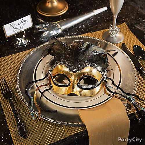 NYE Masquerade Place Setting Idea