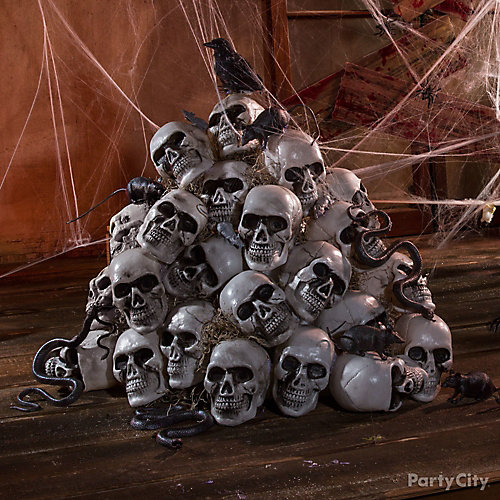 Haunted House Skulls and Crow Idea