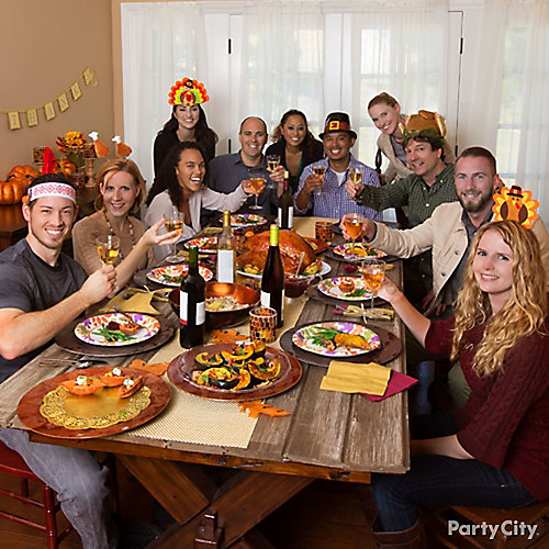 Friendsgiving Tablescape Idea