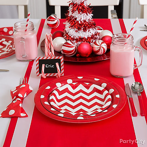 Chevron and Dots Holiday Table Idea