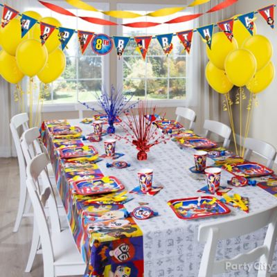 DC Super Hero Girls Party Table Idea Table Decorating Ideas DC